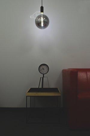 Velká Žárovka LED Philips E27 4000K 6,5W = 40W smoky dekorativní stmívatelná Globe 8718696815069